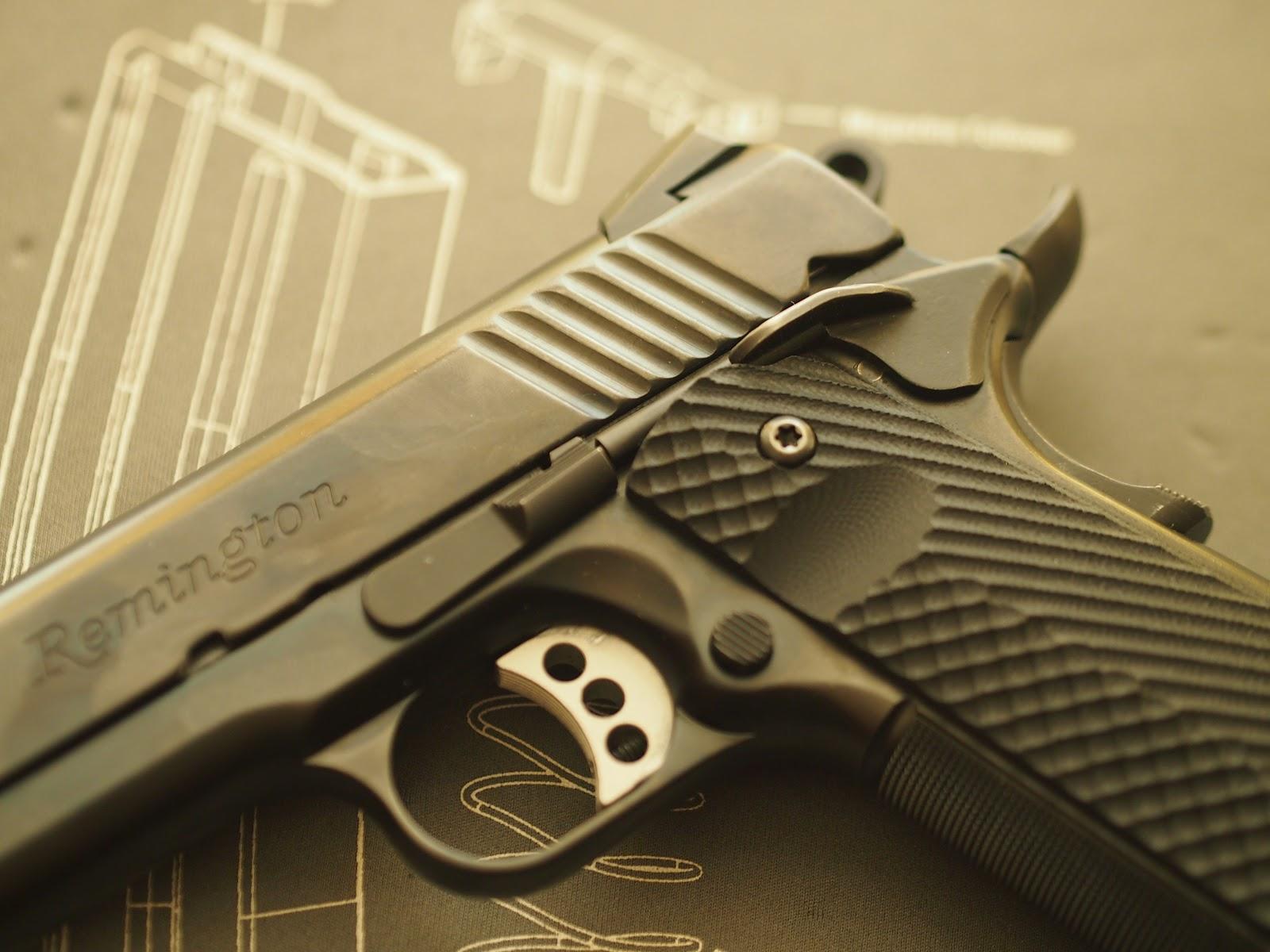 Mister Donut's Firearms Blog: Remington R1 Carry
