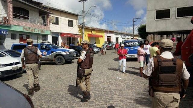 Após transferência sem justificativa do sub-tenente Gilson Cruz, prefeitura de Esplanada ameaça suspender auxilio ao 3º Pelotão da Policia Militar