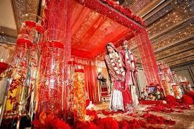 सिर्फ़ कानुन से नहीं... इन तरीकों से लग सकती है शादी की फ़िजुलखर्ची पर रोक!