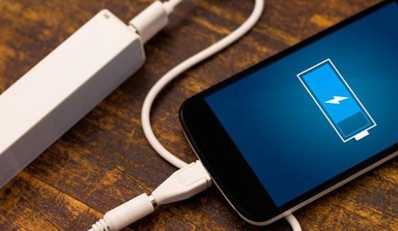 Tips Mudah Cara Menghemat Baterai Smartphone Untuk Beberapa Hari