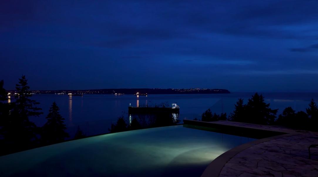 21 Photos vs. 4672 Clovelly Walk, West Vancouver, BC Exterior Design Ultra Luxury Home Tour