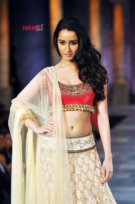 Aashiqui 2 Quotes Wallpaper Celebsview Spicy Bollywood Hot Actress Shraddha Kapoor
