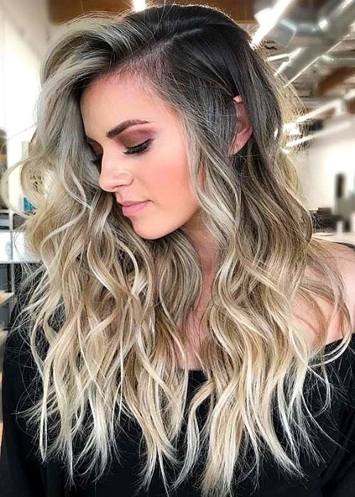 Flattering Hairstyles for Oval Face - Balayage Wavy Hairstyle