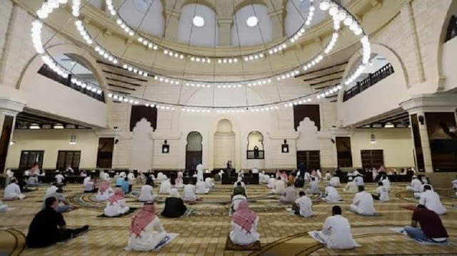 Saudi Arabia allows Lectures and Lessons in Mosques but with Corona virus Restrictions - Saudi-Expatriates.com