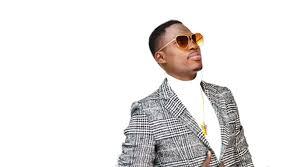 Musique, artiste, auteur, compositeur, chanteur, Ndiouga, Momo, Dieng, style, rythme, mbalax, festival, concert, live, danse, boite, nuit, LEUKSENEGAL, Dakar, Sénégal, Afrique