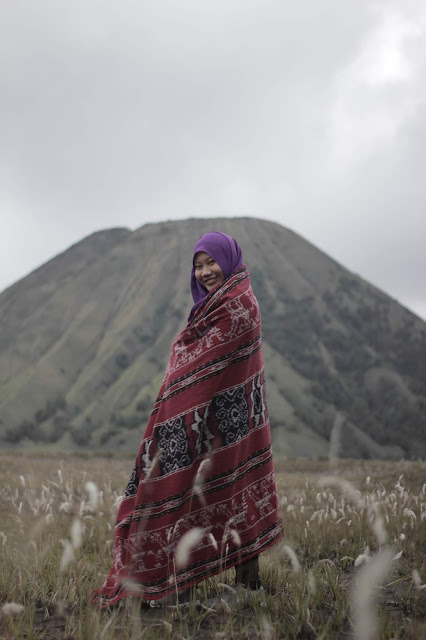 Gunung batok merupakan salah satu gari tiga gunung yang berada di kawasan Tn Bromo Tengger Semeru