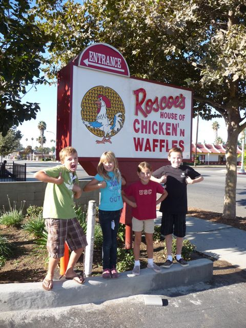 Experiencing Los Angeles: Experiencing L.A. At Roscoe's