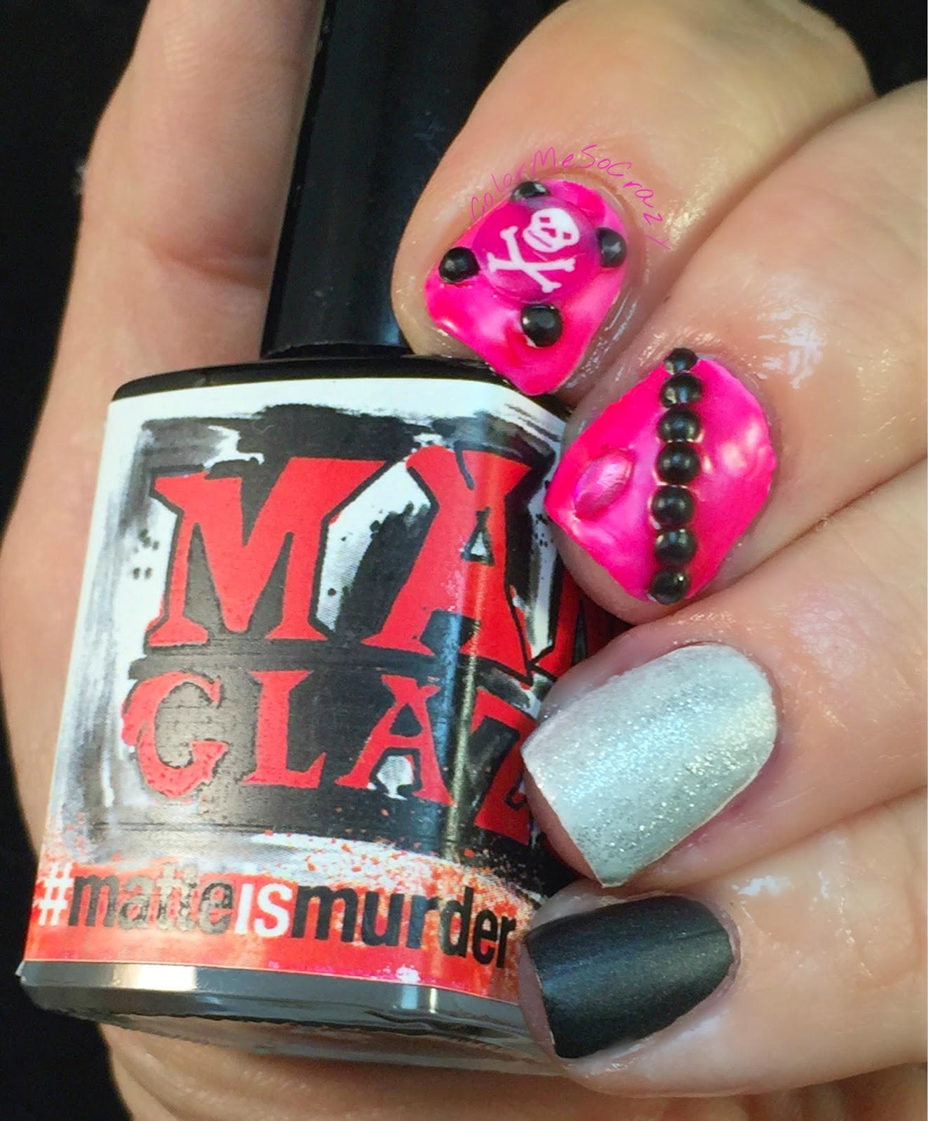 #RedCoatTuesday for Pretty Little Liars, pretty little liars nails, just rica nails, red nails, manglaze matte is murder, manglaze hot mess, just rica squishys