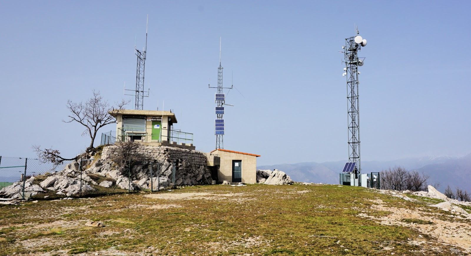 Mont Ours telecom masts