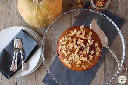 Gâteau aux saveurs de l'automne à la courge et aux noisettes