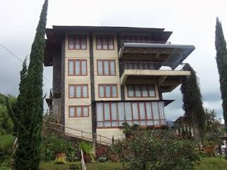 Sewa Villa Murah Di Lembang Bandung Villa Istana Bunga
