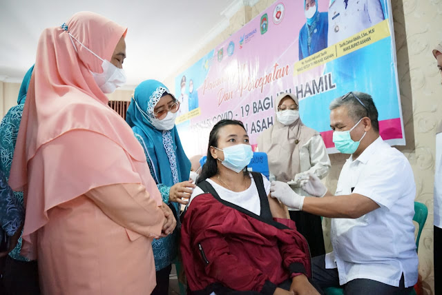 Pemkab Asahan Ikuti Pencanangan dan Percepatan Vaksinasi Covid-19 Bagi Ibu Hamil  Secara Virtual.