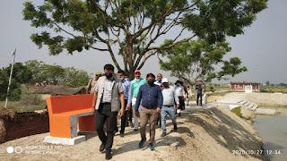 ग्राम पंचायत बड़उर में मॉडल तालाब का CDO अनुपम शुक्ल व DC मनरेगा भूपेंद्र सिंह ने किया औचक निरीक्षण   #NayaSaberaNetwork