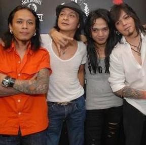 Koleksi Full Album Lagu Kaka Rip Band mp3 Terbaru dan Terlengkap 2018