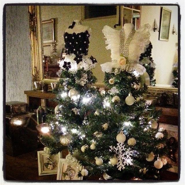 Spiksplinternieuw Silly's wonderlijke freubels: Paspop kerstboom KG-65