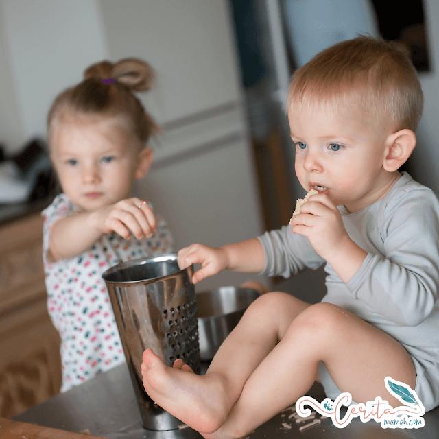 cara makan anak yang baik