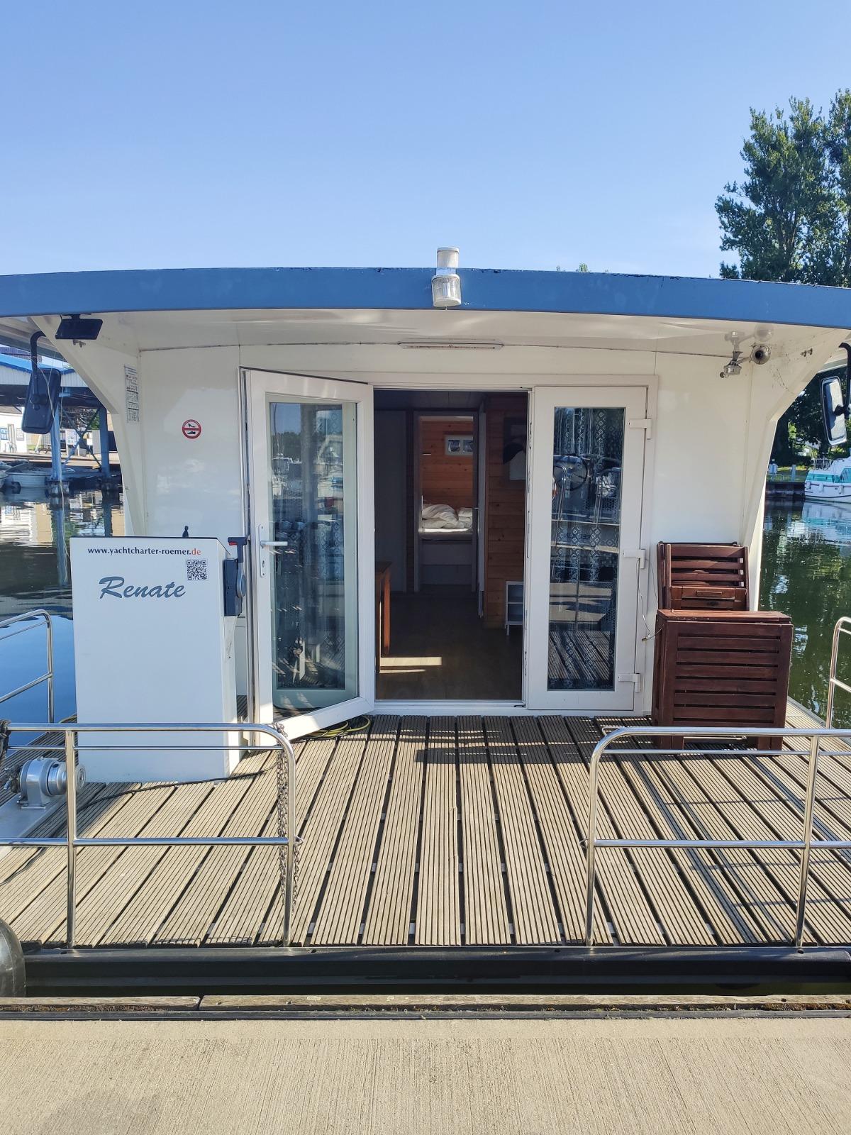 Unser Hausboot Renate von Kuhnle-Tour & Yachtcharter Römer