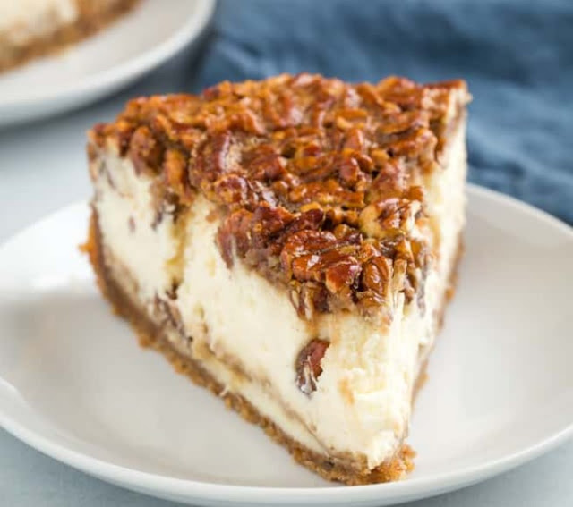 Pecan Pie Cheesecake #cake #desserts