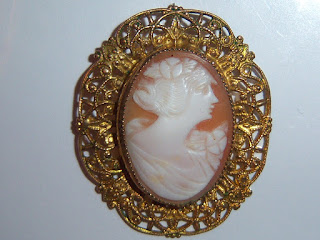 Photo of a shell Cameo.