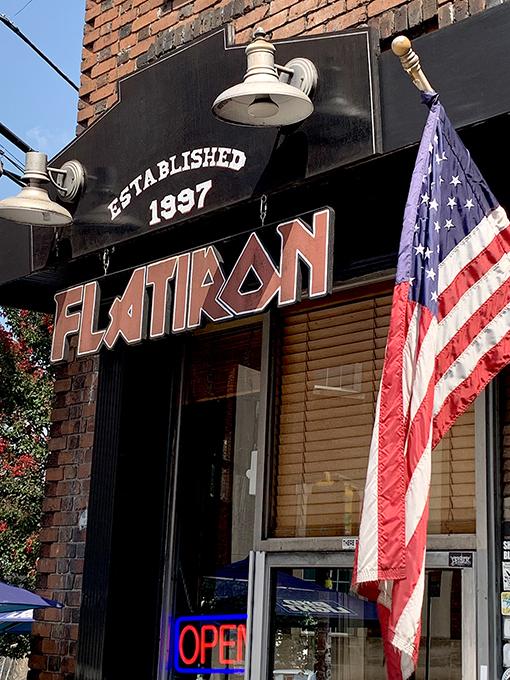 Flatiron Bar and Restaurant, Atlanta | Photo by Travis Swann Taylor