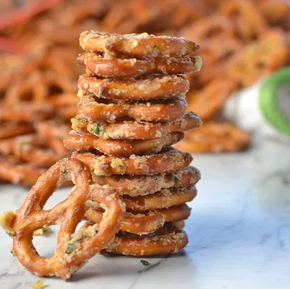 Garlic Ranch Pretzels