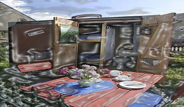 The crazy suitcase hotel is a giant sized suitcase lodge. It is surprising to know the amount of things that can be filled into this suitcase. Now you have an opportunity to take somebody with you on vacations in your bag.