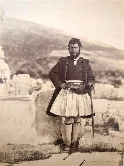 «Εύζωνες» στο Μουσείο της Πόλεως των Αθηνών