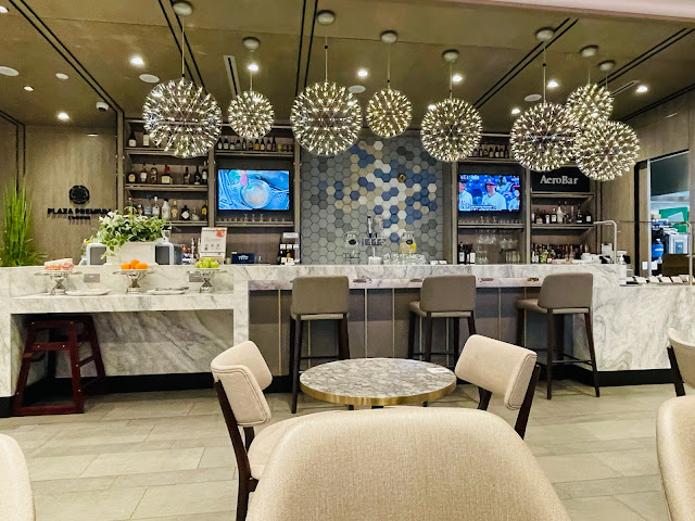 Review: Plaza Premium Lounge at Dallas-Fort Worth International Airport (DFW) For Amex Platinum Cardmembers & Priority Pass Members