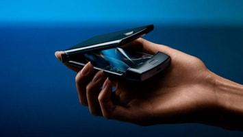 Efsane Telefon Motorola Razr Katlanarak Geri Döndü