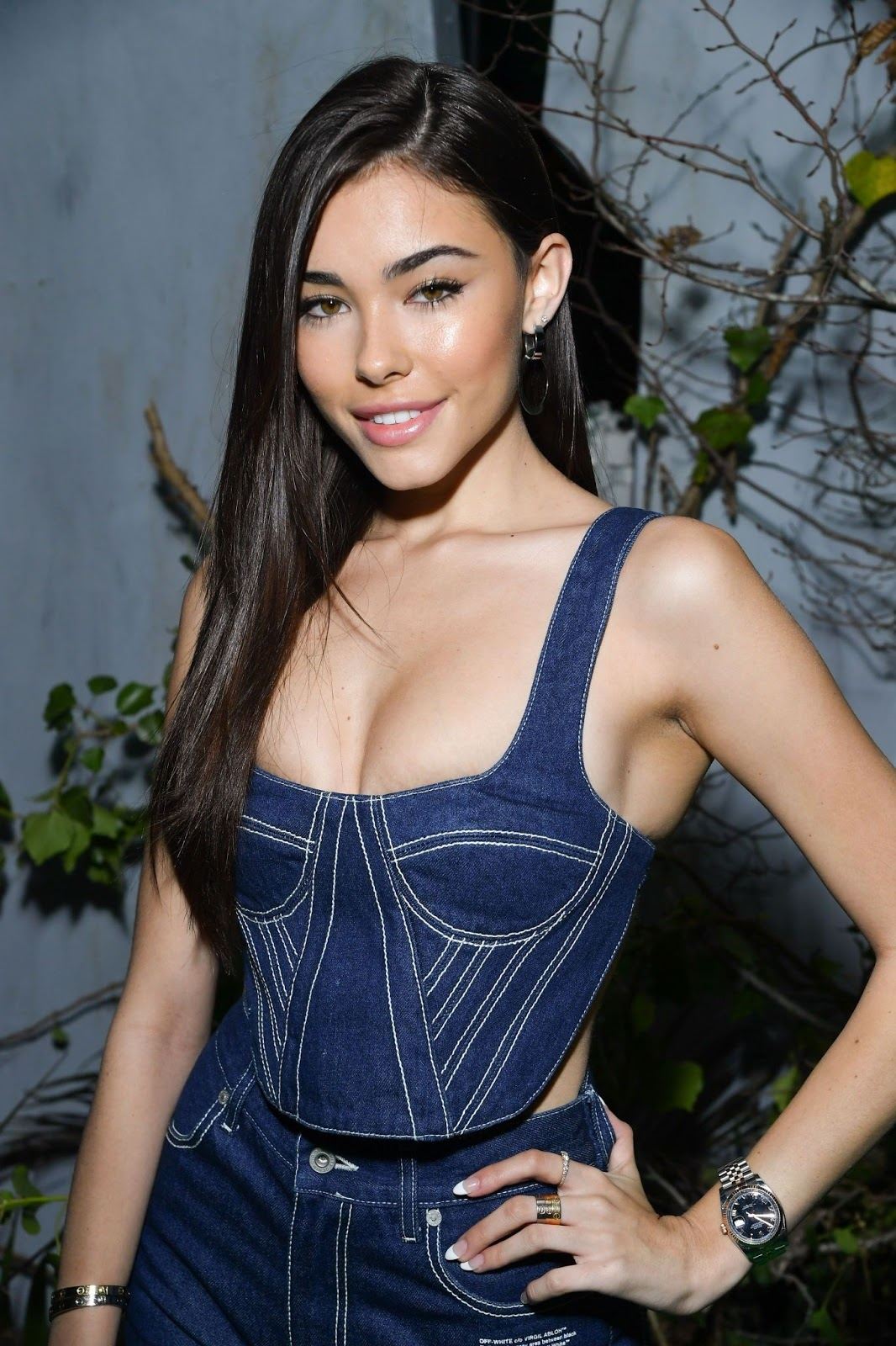 Madison Beer Outside the Off White Fashion Show in Paris (2/2)