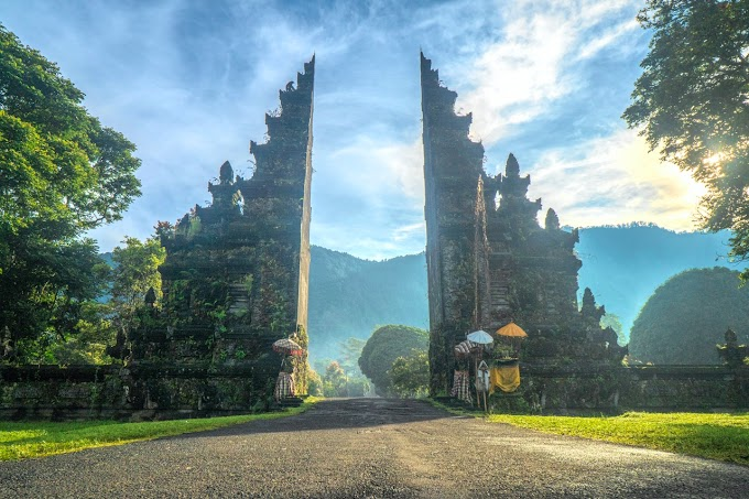 Handara Gate Uner Blue Sky
