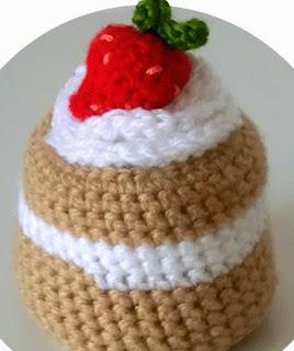 http://ohvillo.blogspot.com.es/2012/10/mini-pastel-de-amigurumi.html