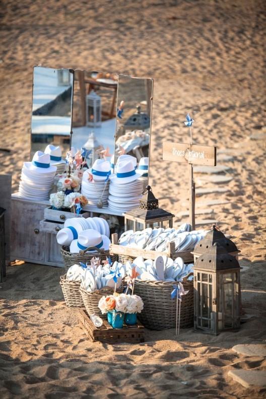 fiesta de boda en la playa de mykonos chicanddeco