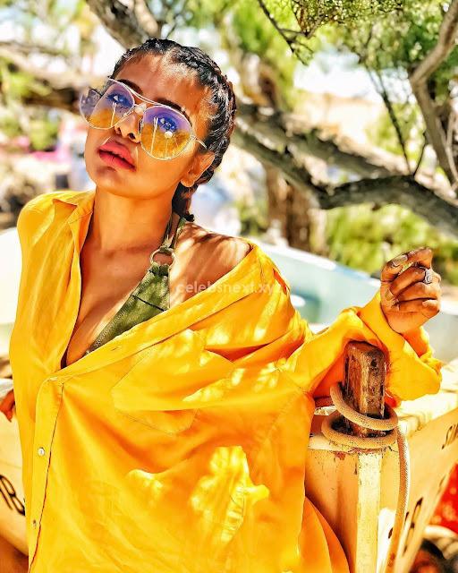 NIHARIKAA AGARWAL Stunning Beautiful Bikini Pics vacation Beach June 2018 ~ .xyz Exclusive Celebrity Pics 001.jpg