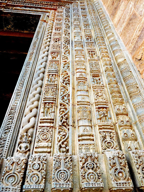 Intricate carving on the doorway to the jagamohana at Konark Sun Temple