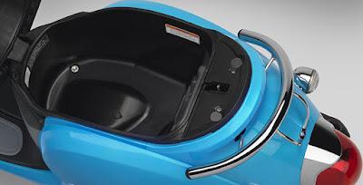 2016 Honda Metropolitan under seat storage