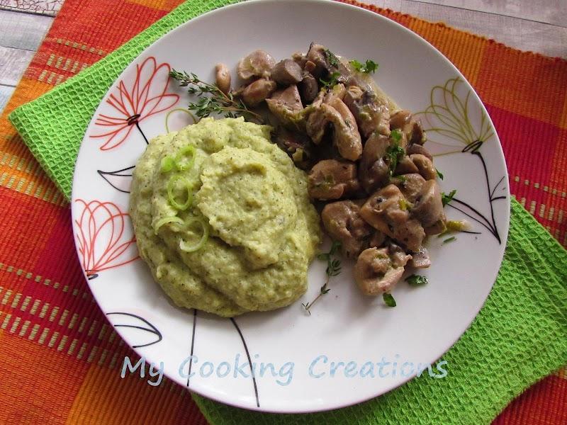 Пилешки хапки с гъби и сметана с пюре от броколи * Bocconcini di pollo con funghi e purè di broccoli