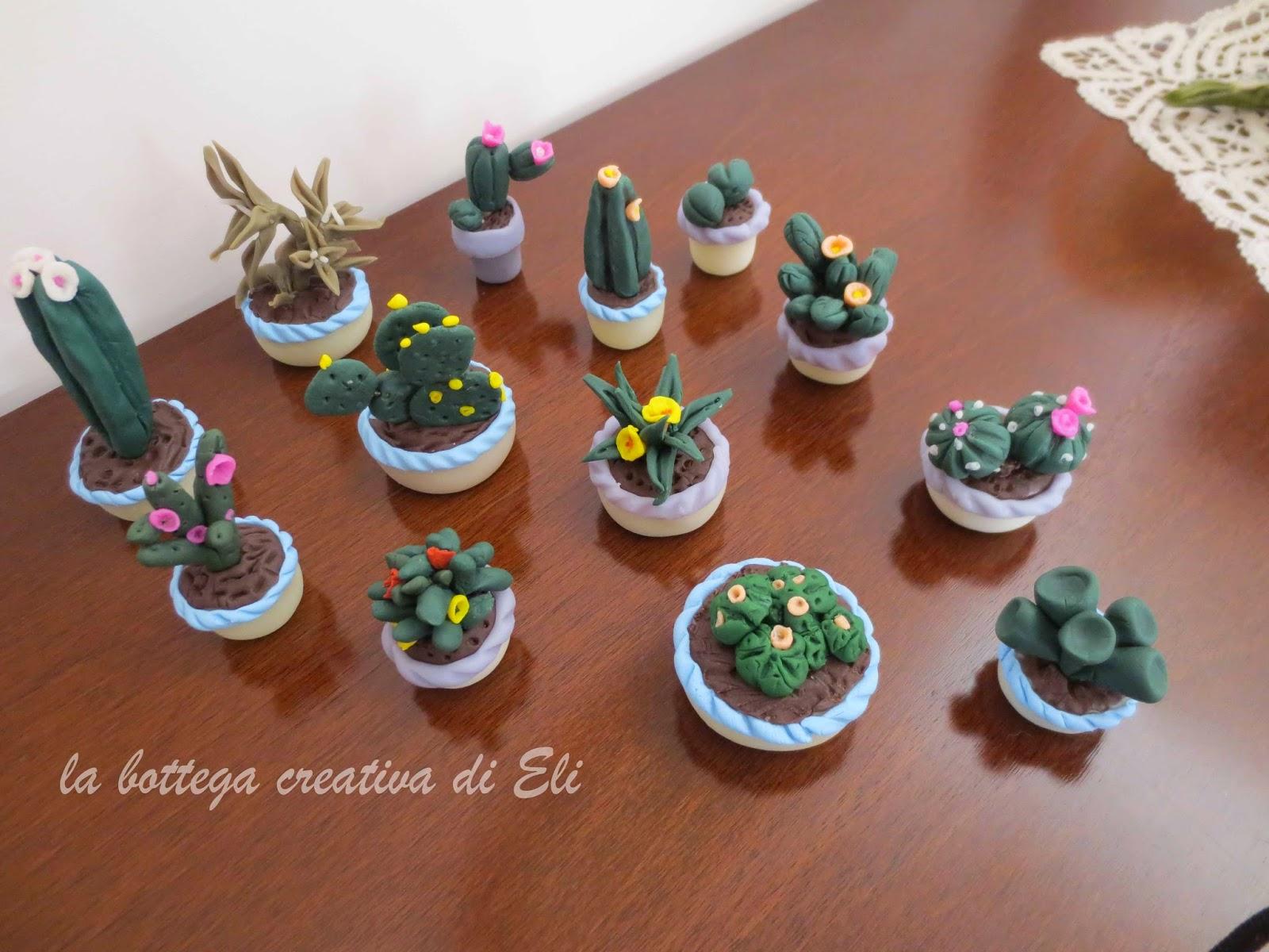 http://labottegacreativadieli.blogspot.it/2014/09/piante-grasse-perenni-realizzate-in-pasta-di-mais.html