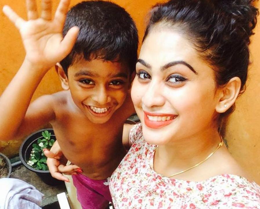 sri lankan actresses funny videos piumi hansamali son