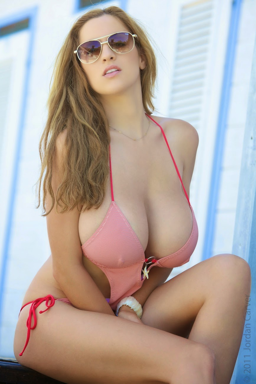 Jordan Carver Big Boobs In Pink North Frisian Bikini Hot -9732
