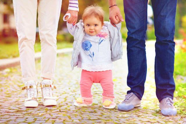 تمارين تطوّر مهارات طفلك في عامه الأول