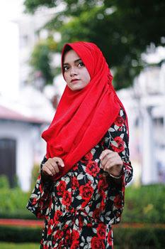 Model baju hijab terbaru