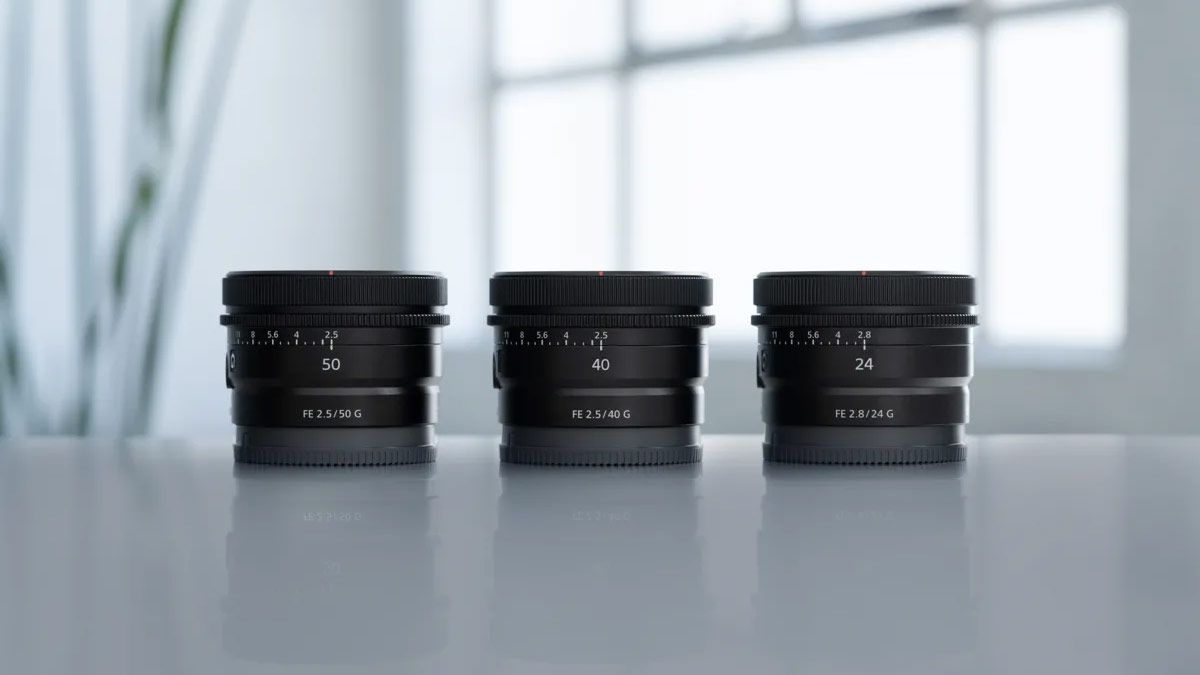 Объективы Sony FE 24mm f/2.8 G, FE 40mm f/2.5 G и FE 50mm f/2.5 G