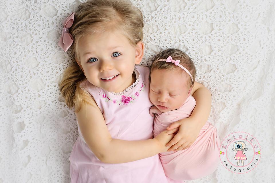 Dziewczynki jak żywe lalki