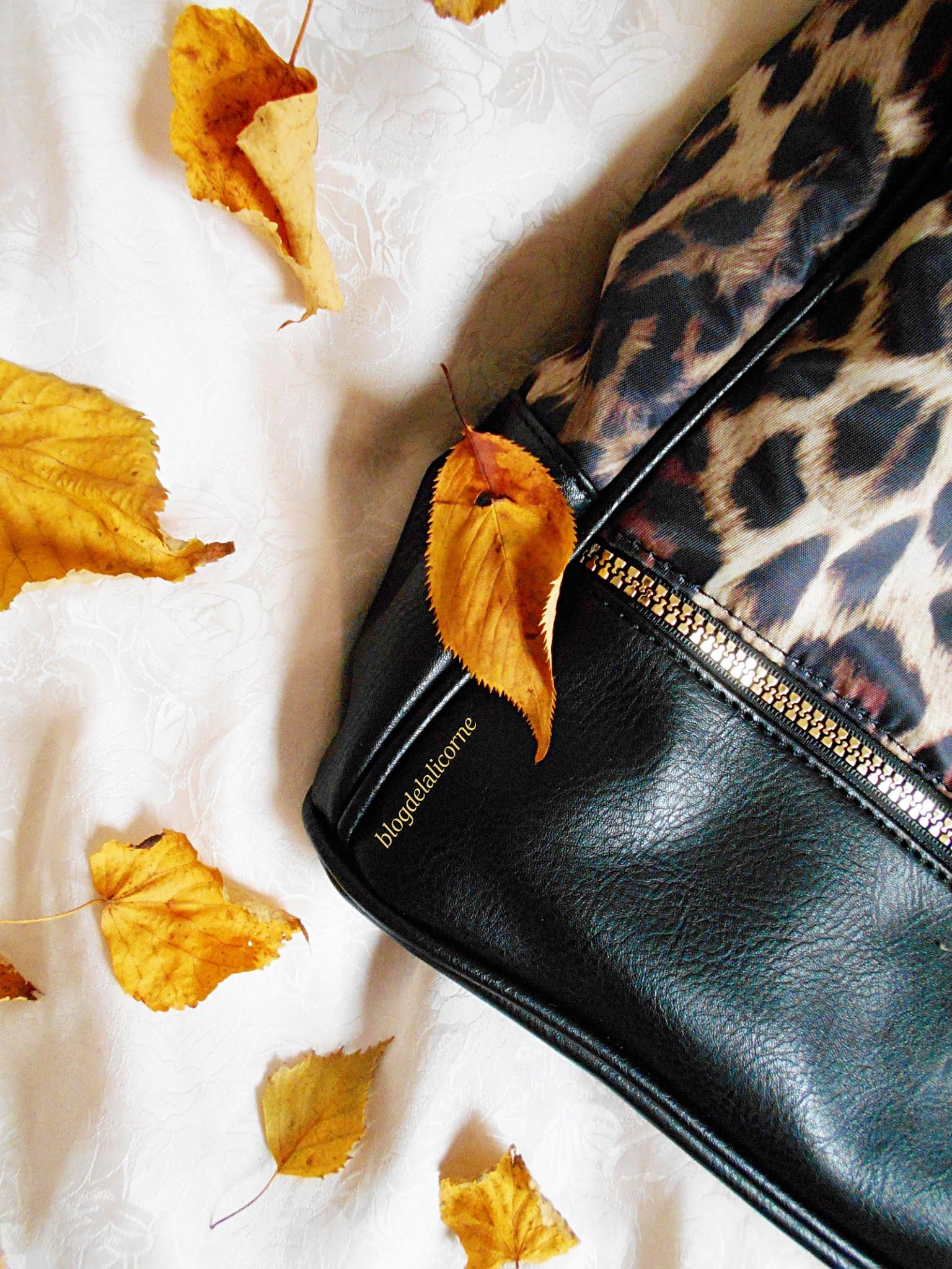 Víkendová taška s leopardím vzorom Bonprix