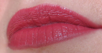 saveonbeautyblog_estee_lauder_pure_color_envy_rebellious_rose_recenzia