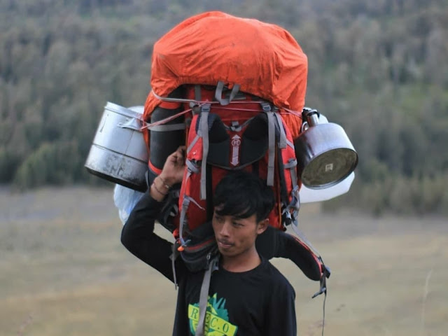 porter pendaki gunung (3)