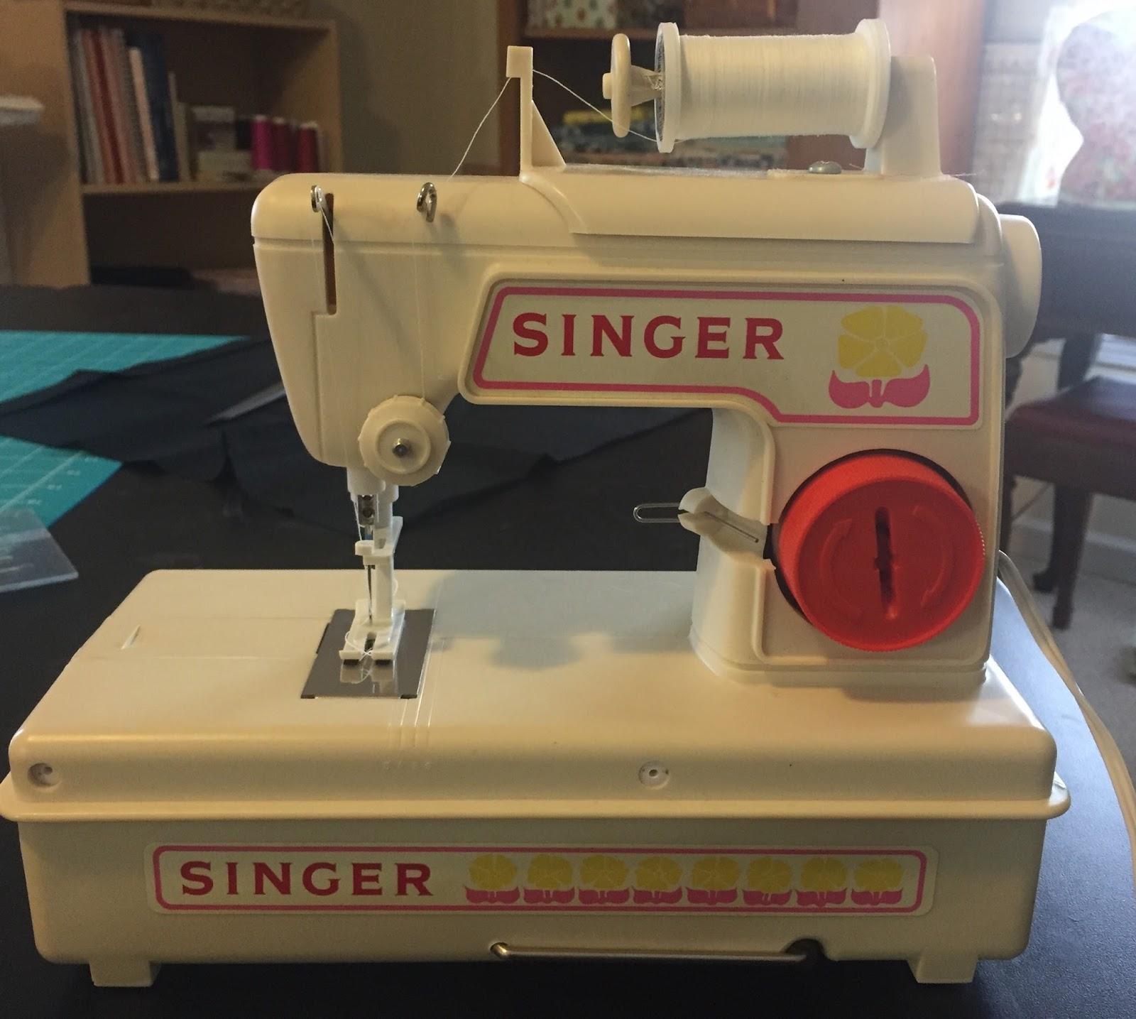 Running Stitches Singer Toy Lockstitch Sewing Machine