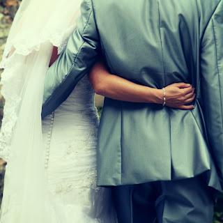 5 طرق لابراز افضل ما فى زوجك , كيف اهتم بزوجى