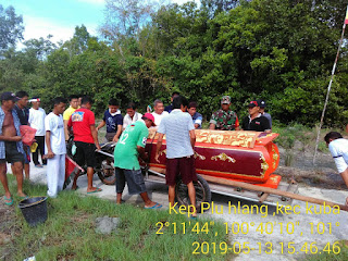 Babinsa Pulau Halang Koramil 04/Kubu Hadiri Pemakaman Warga Tionghoa